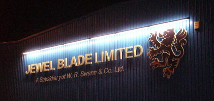Jewel Blade Trough Light Sign