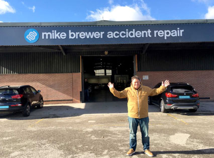 Mike Brewer Motors - motor dealer signage Sheffield