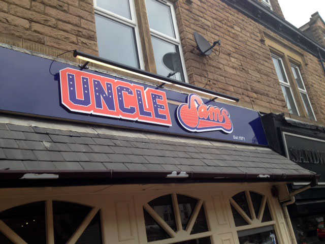 Uncle Sams restaurant signs Sheffield